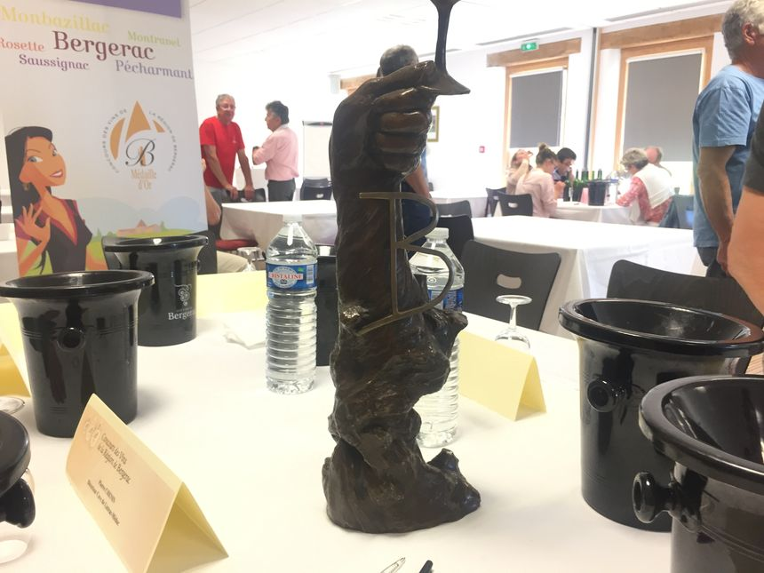 Le trophée du meilleur vigneron de Bergerac de l'année