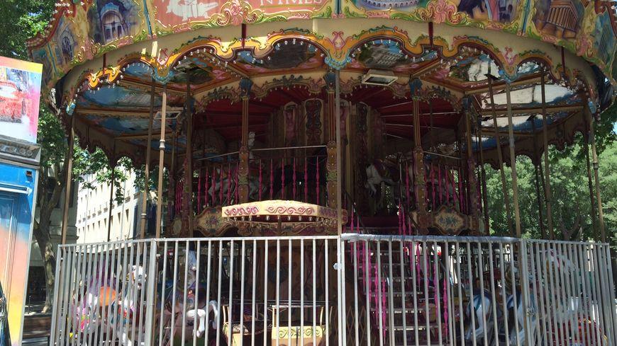 C'est sur le carrousel du square de la Couronne que l'accident s'est produit