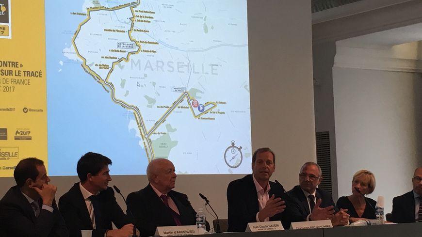 L'étape du 22 juillet présentée notamment par Martin D'Argenlieu (Directeur Orange Vélodrome), J-C Gaudin (maire de Marseille), Christian Prudhomme (Directeur Tour de France) et Richard Miron (Adjoint aux sports)
