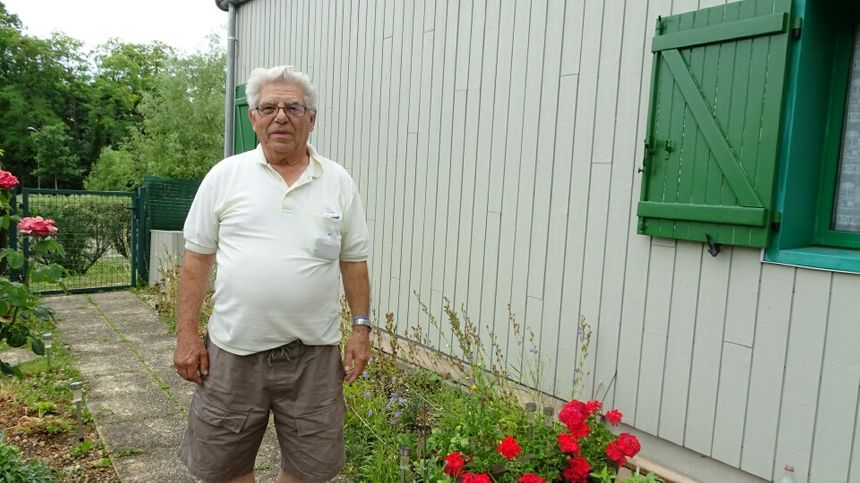Manuel Galhardo a vécu dans la tour numéro 2 pendant près de 40 ans. Aujourd'hui, il habite toujours aux Brichères, mais dans un pavillon.