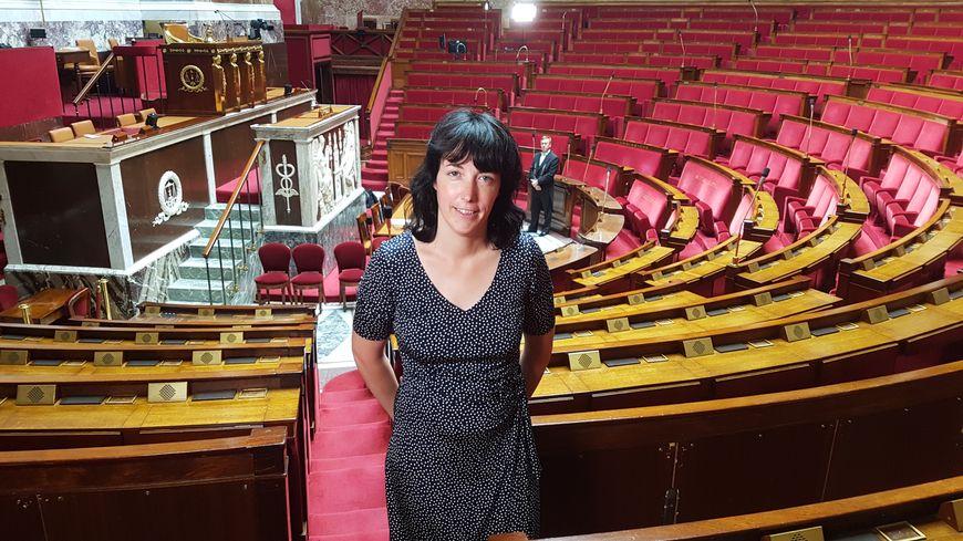 Géraldine Bannier, députée de la 2ème circonscription de la Mayenne, dans l'hémicycle de l'Assemblée nationale.
