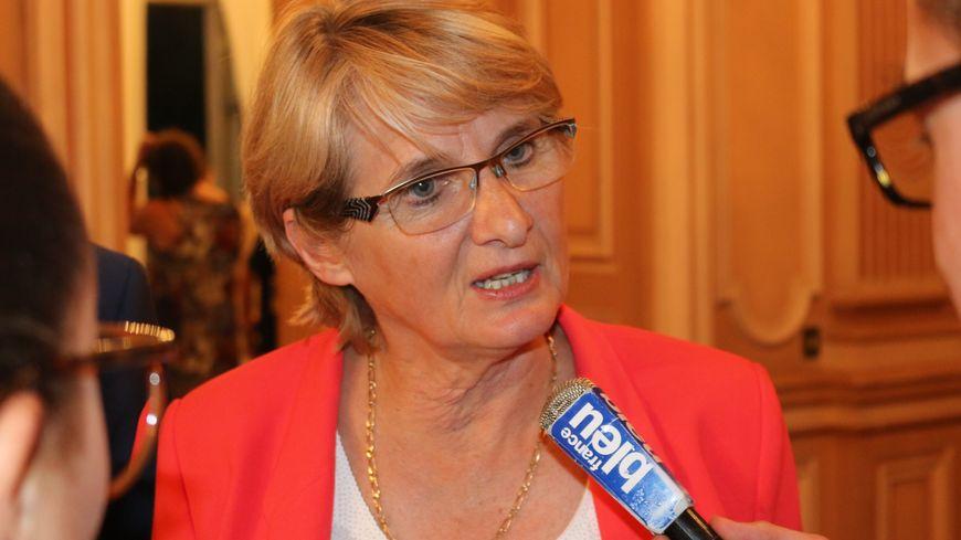Marie-Noëlle Battistel, seule sortante à être réélue en Isère et aussi... seule rescapée du PS.