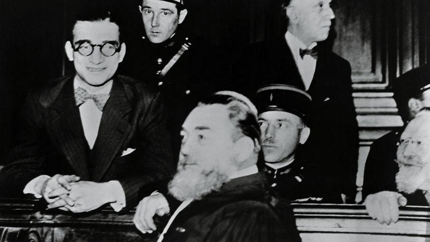 Stavisky, son secrétaire et avocat
