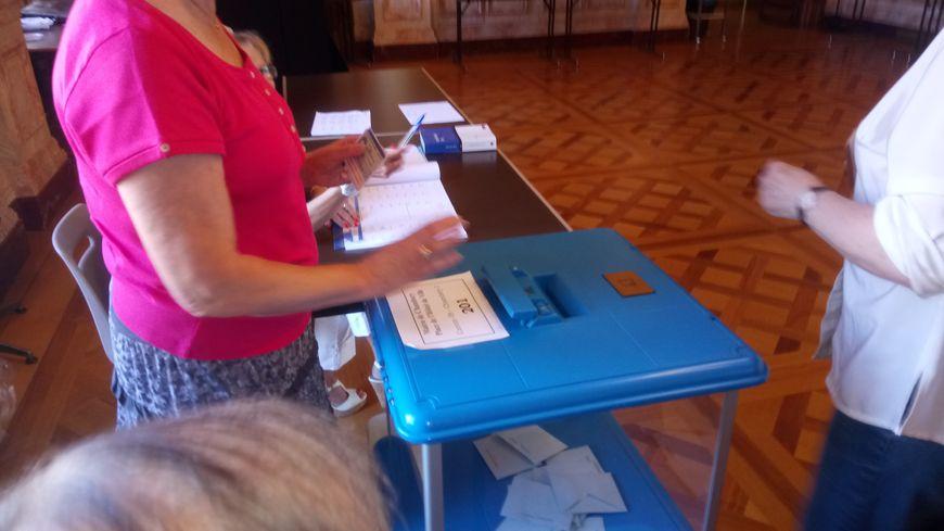 Il y a 36 bureaux de vote à Chambéry
