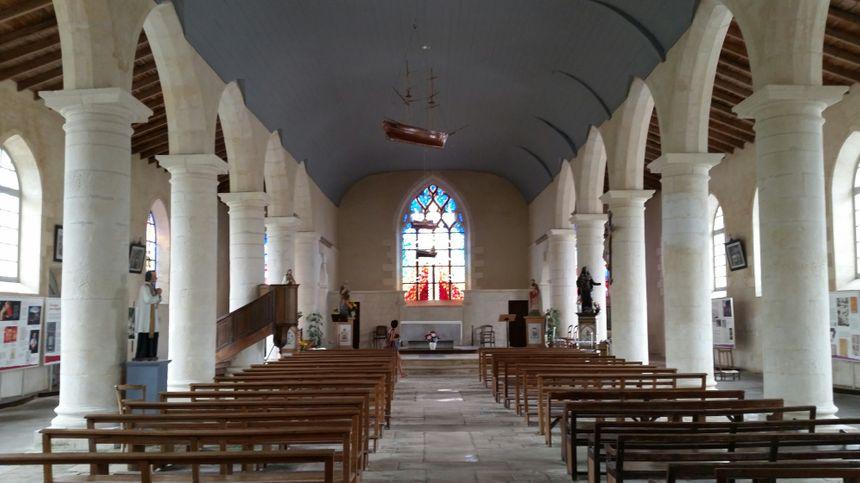 Expositions sur la vie de Champlain dans l'église de Brouage