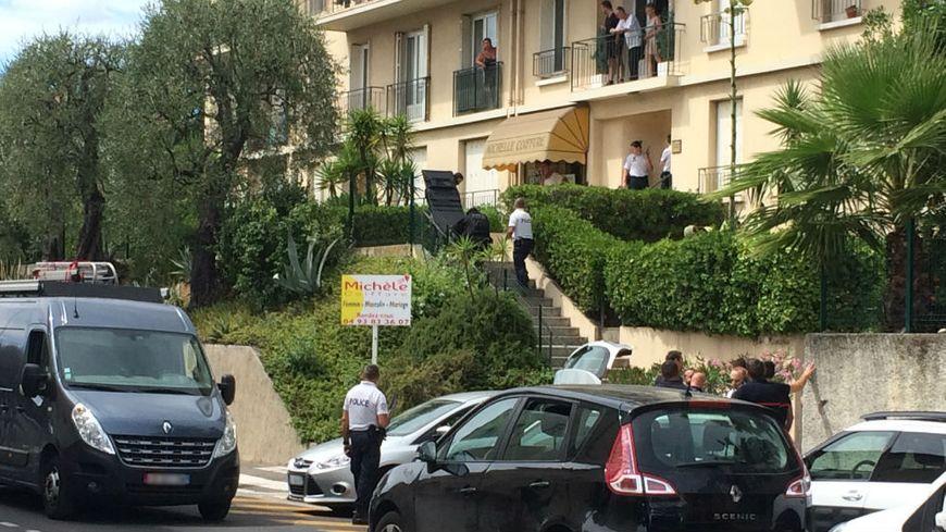 Les policiers sont intervenus au 44 de l'avenue Henri Matisse à Nice.