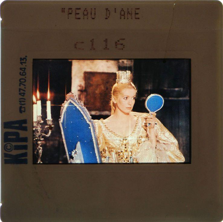 Catherine Deneuve dans Peau d'Âne (Demy, 1970)