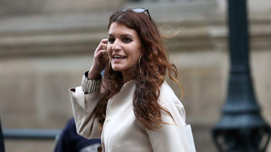 """Marlène Schiappa veut un congé maternité """"unique pour toutes les femmes"""""""