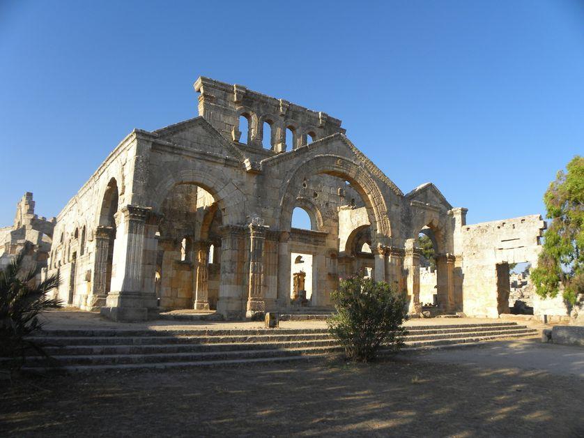 Syrie, église protobyzantine de Qal'at Sim'an dans le Jebel Sim'an (36 km au nord-ouest d'Alep)