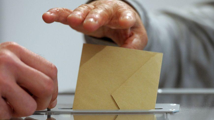 Douze sièges de députés sont à pourvoir dans les quatre départements francs-comtois.