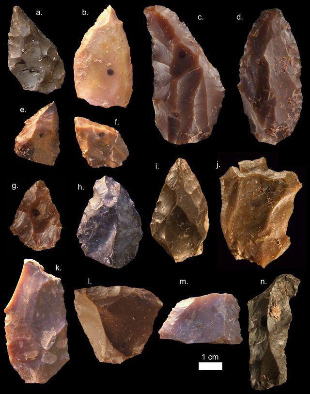 """Quelques outils de pierre du """"Middle Stone Age"""" de Jebel Irhoud (Maroc)"""