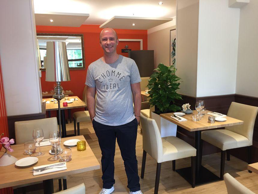 C'est le chef du Nicolas L, Nicolas Lamstaes qui cuisinera sur la péniche