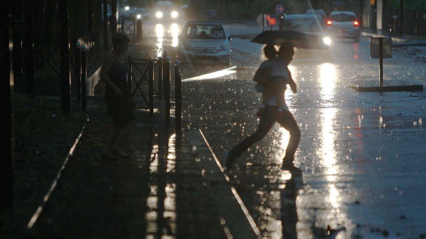 Il est tombé l'équivalent de deux semaines de pluie en deux heures à Bordeaux, mardi 27 juin - illustration
