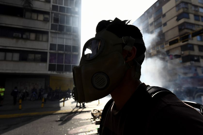 Manifestant réclamant la démission du président vénézuélien Nicolas Maduro