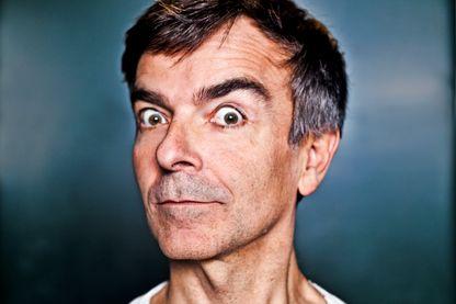 Portrait de Fabrice Hyber, artiste conceptuel le 24 janvier 2012