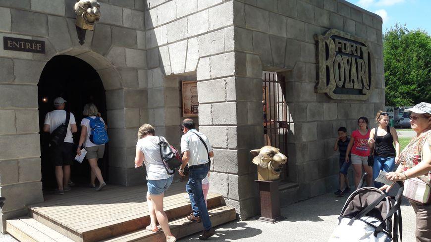 EN IMAGES - Fort Boyard à France Miniature, un passe-temps pour ...