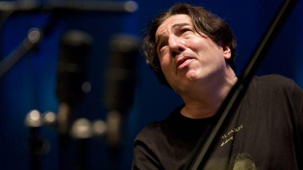 Fazil Say, le pianiste turc qui marche pour Mozart