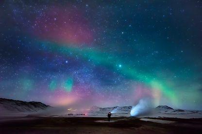 Aurore boréale dans la région d'Hverarond en  Islande