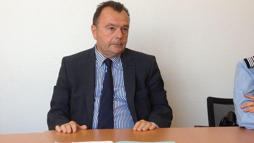 Le procureur de Dieppe Yves Dupas estime qu'il faudra plusieurs semaines pour identifier formellement le corps