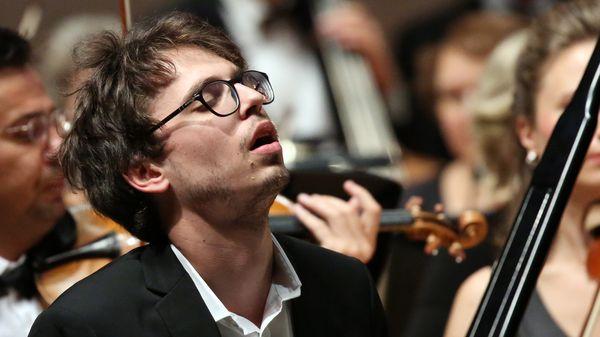 Les concerts du pianiste Lucas Debargue cet été