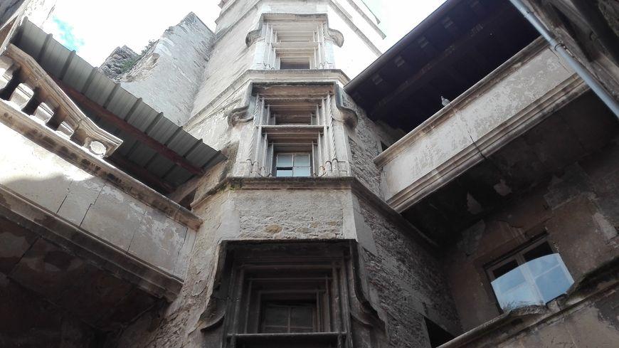 L'escalier monumental Renaissance de la maison des chevaliers, Viviers