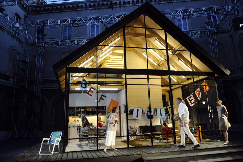 """""""Ibsen huis"""" lors d'une répétition au festival d'Avignon le 14 juillet 2017"""