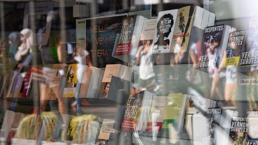 Dans son offre Fran_ois Fontes conserve les trois librairies (deux à Montpellier et celle d'Alès).
