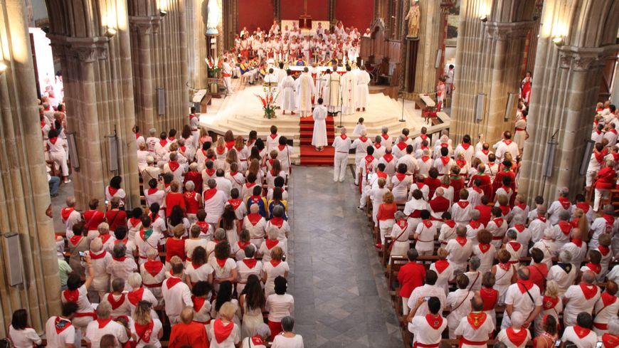 La messe des bandas à l'église St André de Bayonne