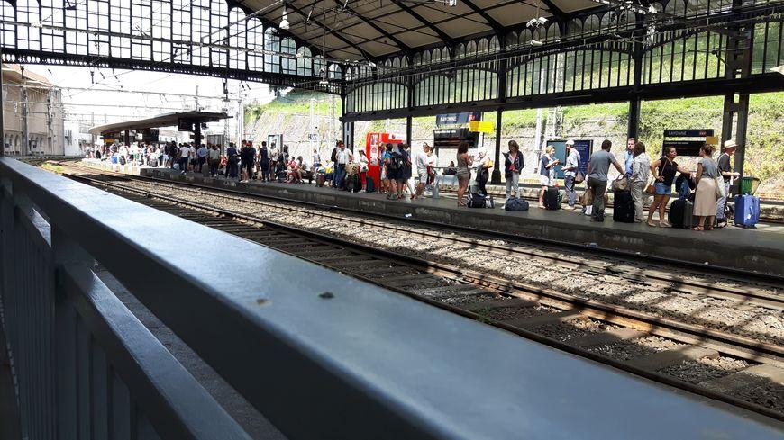 Le TGV de midi était bondé au départ de Bayonne