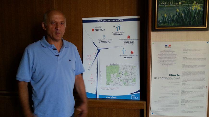 Le maire de Reboursin, Eric Van Remoortere, est favorable au projet d'implantation de 6 éoliennes sur sa commune