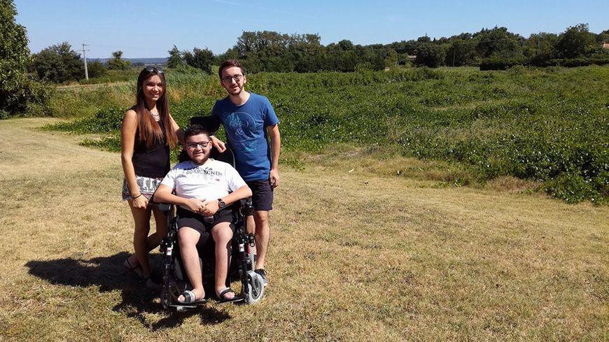Maureen, Jonathan, et Anthony avant leur départ pour les Etats Unis