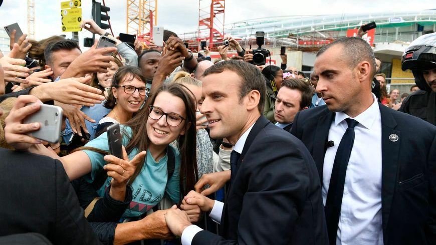 Un bain de foule pour Emmanuel Macron samedi à Rennes