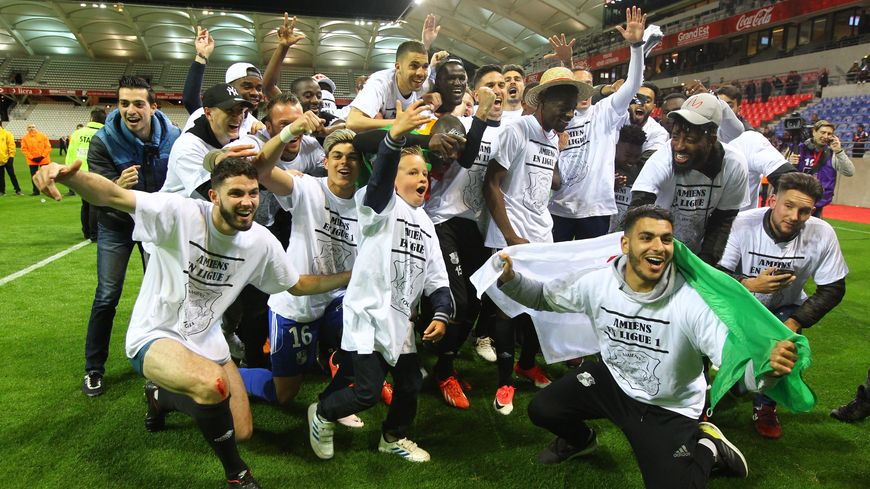 La joie des joueurs de l'Amiens SC le 19 mai dernier après leur victoire face à Reims