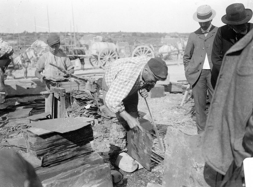 Ardoisières de Trélazé, la fabrication d'ardoises, 1900.