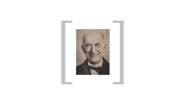Manuel de Falla à Grenade en 1927 (3/5)