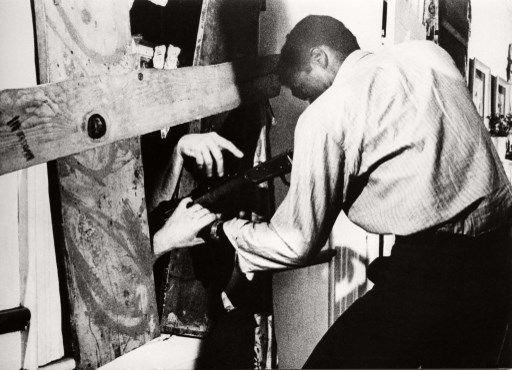 """L'acteur Duane Jones dans """"La Nuit des morts-vivants"""" (1968)"""