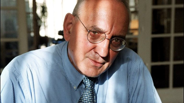 Max Gallo, ici en 2001