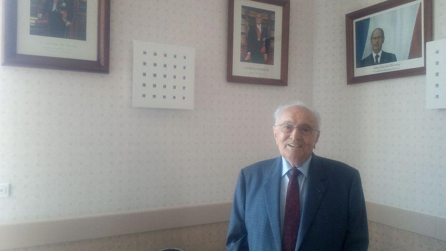 Jean Savoie a vu passer huit présidents durant ses neuf mandats à la mairie de Pouzay