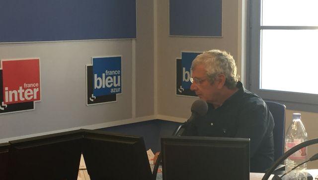Michel Boujenah, qui vit à côté de Nice, donnera des lectures de Nietzsche et Romain Gary lors des commémorations de l'attentat.