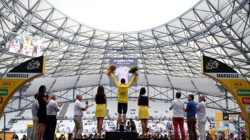 Le Britannique Chris Froome a conforté son maillot jaune du Tour de France à Marseille samedi