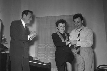 Eddie Constantine, Edith Piaf et Charles Aznavour
