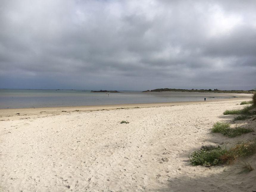 Le sable blanc et très fin est l'une des particularités de ce site exceptionnel