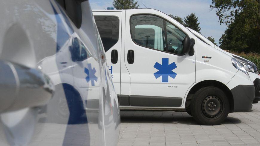 Selon la CPAM, les trajets en ambulance coûtent un quart de son budget transports pour les patients.