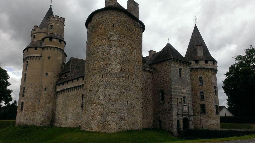 Le château de Bonneval à Coussac-Bonneval