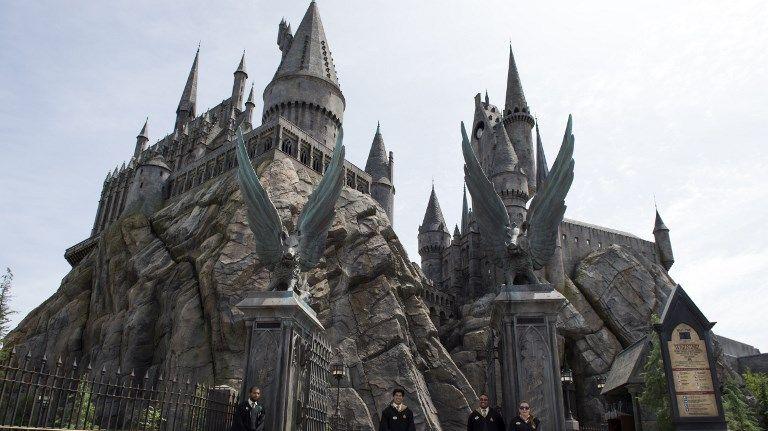 Le château de Poudlard, reproduit dans un parc d'attractions dédié à Harry Potter aux Etats-Unis