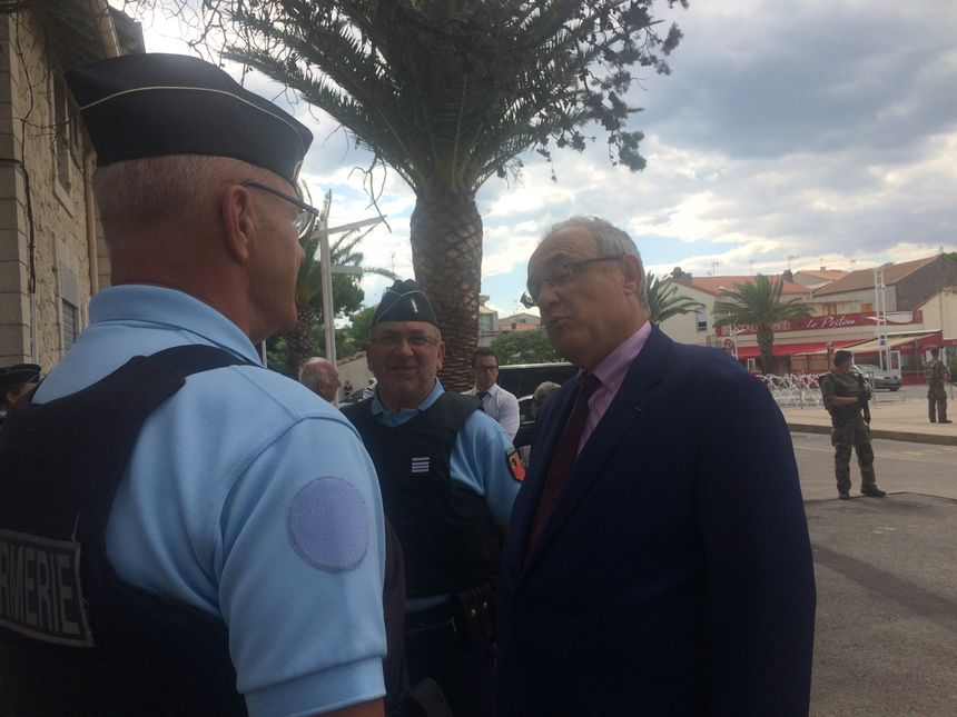 Le préfet du Gard remercie les gendarmes pour leur engagement quotidien.