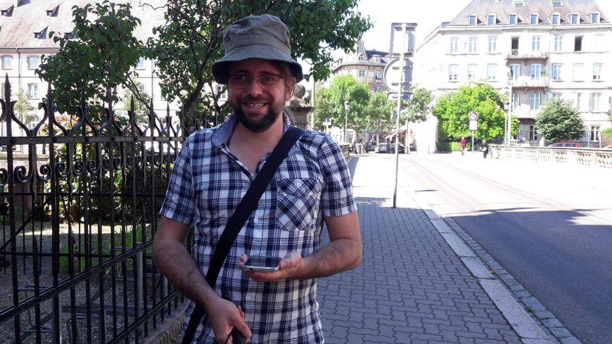 Nicolas Linder, malvoyant, se lance dans une traversée de l'Alsace en juillet 2017