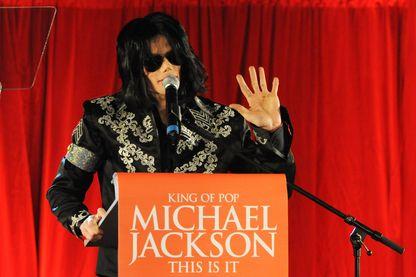 Michael Jackson  à Londres le 5 mars 2009 pour une conférence de presse annonçant son retour sur scène.