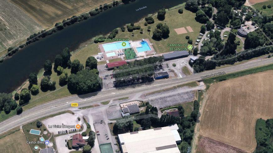 Piscine de Chalezeule. Google Street View