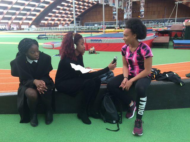 Dans les locaux de l'Insep, au bois de Vincennes, interview de l'un des sportifs à l'entrainement